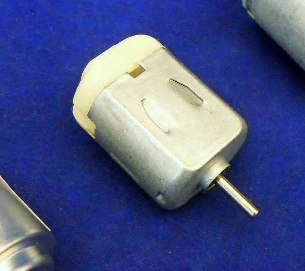Mini Motor 1.5 - 3.0V - Pack of 5 - Rectangular